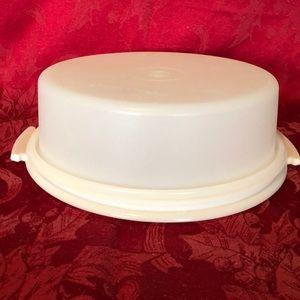 Tupperware cake/cupcake taker white base